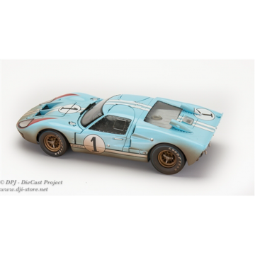 Shelby Collectibles - 1-18...