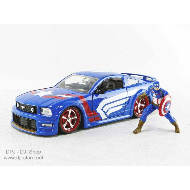 Jada - 1-24 - FORD USA - MUSTANG GT COUPE 2006 WITH CAPTAIN AMERICA FIGURE - BLUE RED WHITE